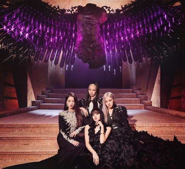 4 năm làm nên kỳ tích của cả châu Á BLACKPINK: Đằng sau bộ váy công chúa dát vàng ẩn giấu một đôi giày vải sờn rách - Ảnh 2.