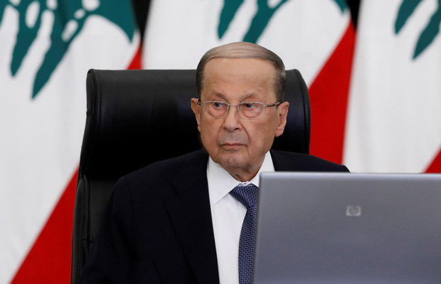 Tổng thống Lebanon: Vụ nổ ở Beirut có thể do bom hoặc sự can thiệp từ bên ngoài - Ảnh 1.
