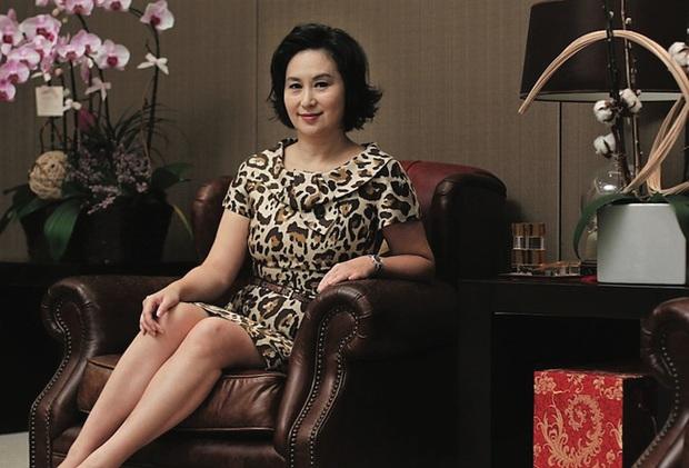 Sau em gái bị bỏ rơi và người cháu ngoài giá thú, Hà Siêu Quỳnh đã có động thái pháp lý với tài sản thừa kế từ Vua sòng bài Macau - Ảnh 1.