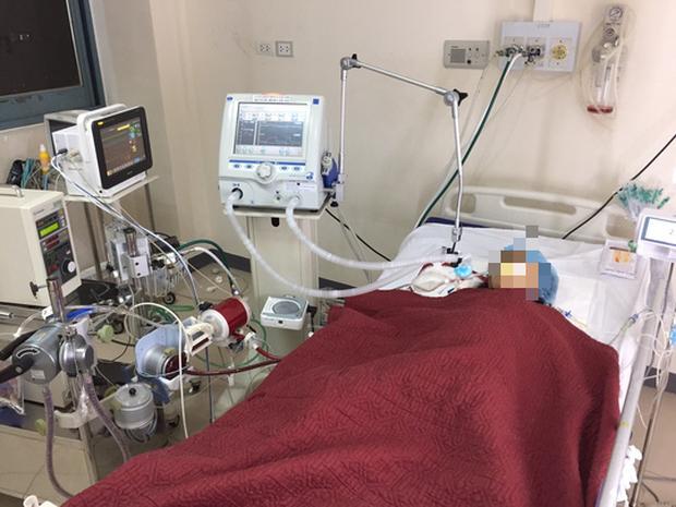 Tình trạng 19 bệnh nhân nhiễm Covid-19 chuyển ra Huế điều trị giờ ra sao?  - Ảnh 1.