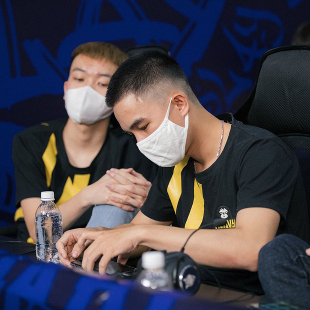 Chung kết Đấu Trường Sinh Tồn mùa Hè: V Gaming xuất sắc bảo vệ ngôi vô địch, rinh 500 triệu tiền thưởng - Ảnh 6.