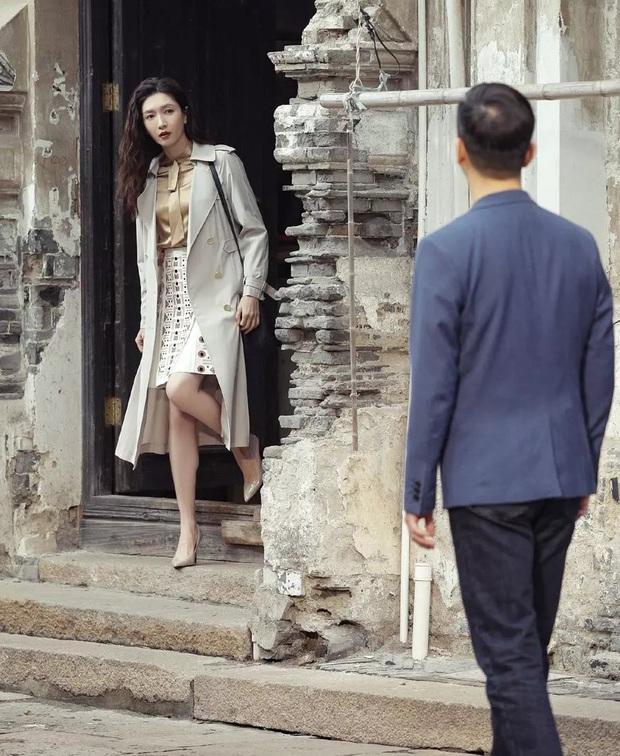 Xem 30 Chưa Phải Là Hết, nàng công sở tăm tia được ngay cả loạt áo vừa xinh vừa sang - Ảnh 13.