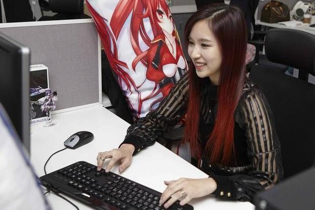 Chuyện ít ai biết, nhiều nữ idol Hàn Quốc là những con nghiện game thứ thiệt - Ảnh 4.