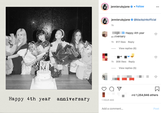 Lisa công khai cầu hôn Rosé nhân dịp tròn 4 năm BLACKPINK debut làm fan náo loạn: Rồi năm sau là kỷ niệm ngày cưới ư? - Ảnh 4.