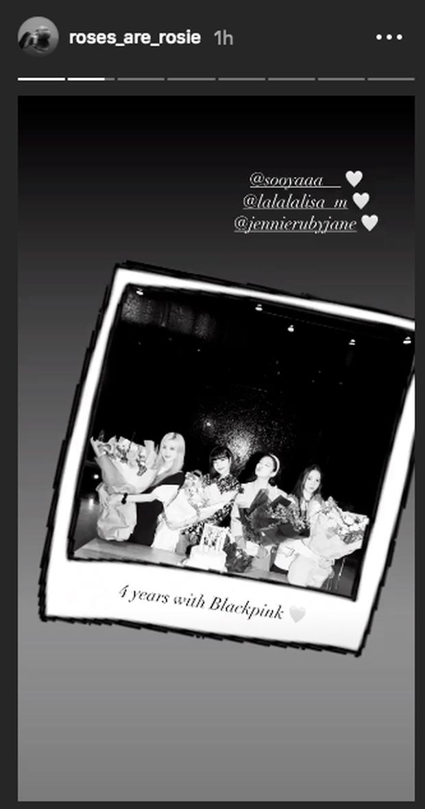 Lisa công khai cầu hôn Rosé nhân dịp tròn 4 năm BLACKPINK debut làm fan náo loạn: Rồi năm sau là kỷ niệm ngày cưới ư? - Ảnh 6.