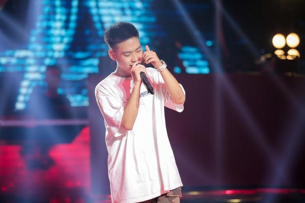King Of Rap: Nữ rapper 17 tuổi Pháo được 4 chọn với tiết mục chơi chữ cực ngầu Sợ quá cơ - Ảnh 11.