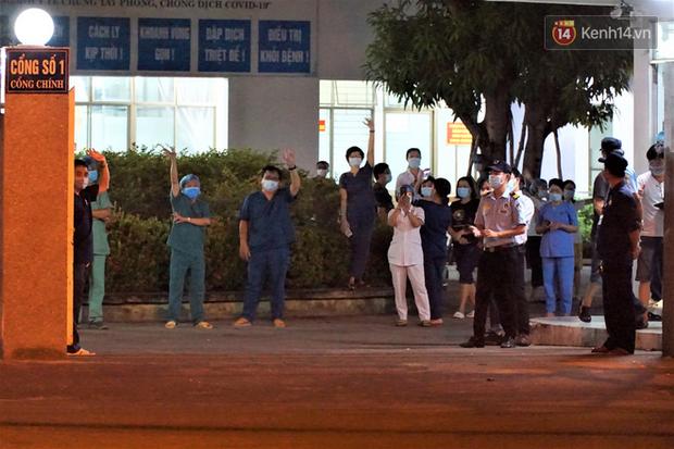 Tâm thư lúc 0 giờ của Giám đốc Bệnh viện C Đà Nẵng khi được dỡ lệnh phong tỏa khiến nhiều người xúc động - Ảnh 2.