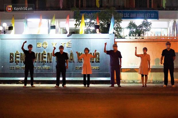 Tâm thư lúc 0 giờ của Giám đốc Bệnh viện C Đà Nẵng khi được dỡ lệnh phong tỏa khiến nhiều người xúc động - Ảnh 3.