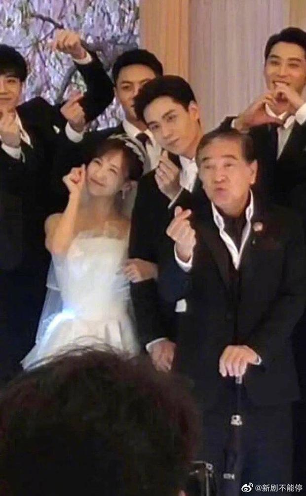 Cảnh cameo siêu hot của Lý Hiện - Dương Tử ở Cá Mực Hầm Mật 2 vừa lộ, bà con hí hửng: Lời đồn đám cưới thành sự thật rồi! - Ảnh 3.