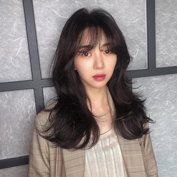 Đời bi kịch của Mina (AOA): Bị bắt nạt 10 năm ròng, bố mất không được khóc, từng người yêu thương cứ liên tiếp rời bỏ - Ảnh 2.