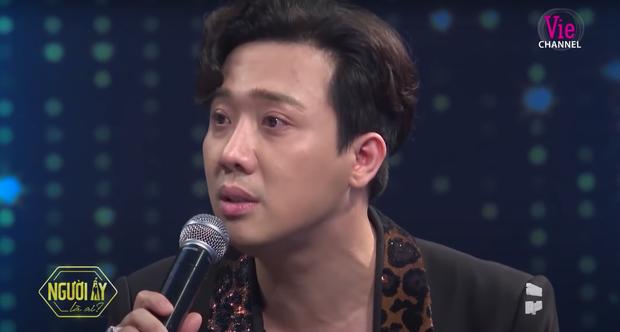 Trấn Thành nghẹn ngào kể chuyện con cái với Hari Won trên sóng truyền hình: Gia đình là để yêu thương, không phải để lựa chọn - Ảnh 2.