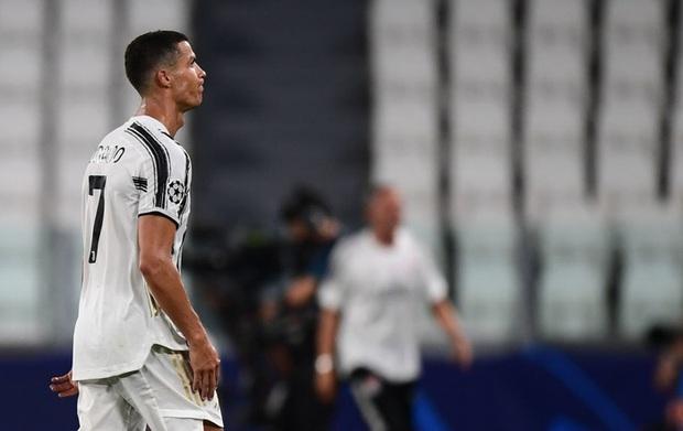 Ronaldo viết tâm thư gửi tới fan hâm mộ sau kết quả đáng thất vọng tại Champions League, lập tức nhận về hàng triệu lượt thả tim - Ảnh 2.