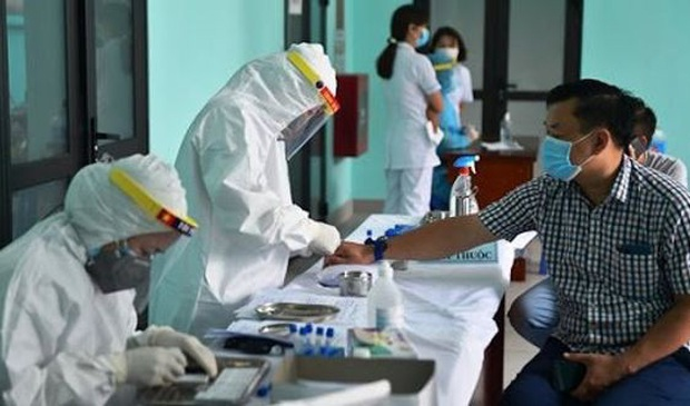 Ứng phó dịch COVID-19: Dồn lực xét nghiệm cho Hà Nội - Ảnh 1.