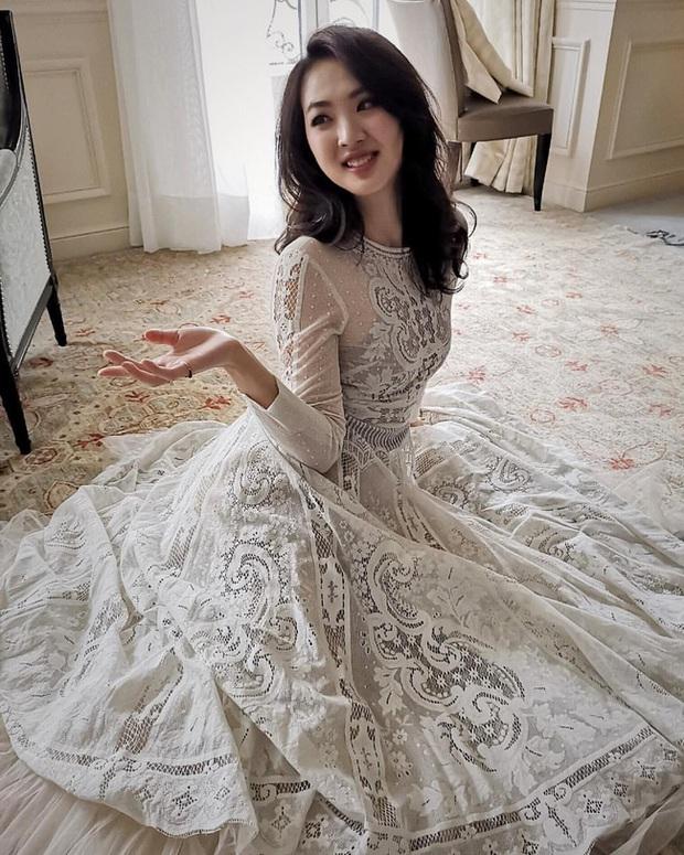 Loạt ảnh ái nữ của ông trùm Huawei: Học giỏi, bình dị nhưng khi khoác lên chiếc váy dạ hội lập tức trở thành công chúa kiều diễm vạn người mê - Ảnh 1.