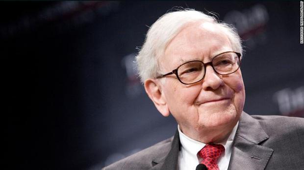 Bill Gates tự tay làm bánh sinh nhật cho Warren Buffett thu về cả triệu view, tiết lộ thói quen xấu không nên noi theo của người bạn tỷ phú - Ảnh 2.