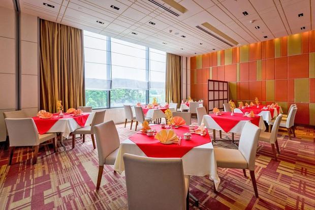 """Hàng loạt khách sạn 5 sao sang chảnh nhất Sài Gòn đồng loạt giảm giá """"sốc"""" dịp Lễ 2/9, có nơi rẻ hơn một nửa so với ngày thường - Ảnh 11."""
