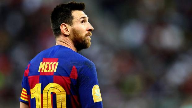 Bạn có biết, nỗi khổ của Messi bắt nguồn từ một cú điện thoại gần rừng Boulogne? - Ảnh 1.