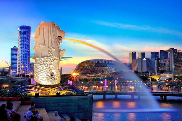 CNBC: Tại sao Singapore lại giàu đến vậy và lý do người dân vẫn không vui vì điều đó? - Ảnh 1.