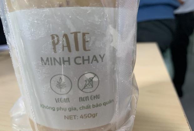 Gần 1.300 người mua nhưng TP.HCM mới thu hồi được 72 hộp pate Minh Chay - Ảnh 1.