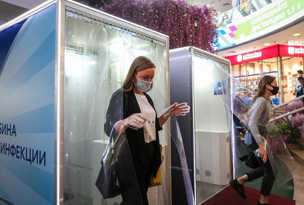 Nga: Số ca mắc COVID-19 vượt mốc 1 triệu, đứng thứ 4 thế giới - Ảnh 1.
