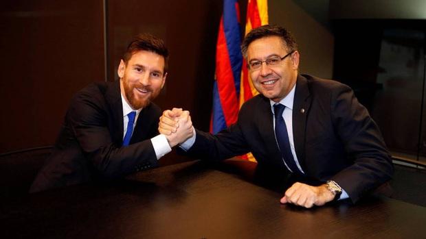 Bạn có biết, nỗi khổ của Messi bắt nguồn từ một cú điện thoại gần rừng Boulogne? - Ảnh 3.