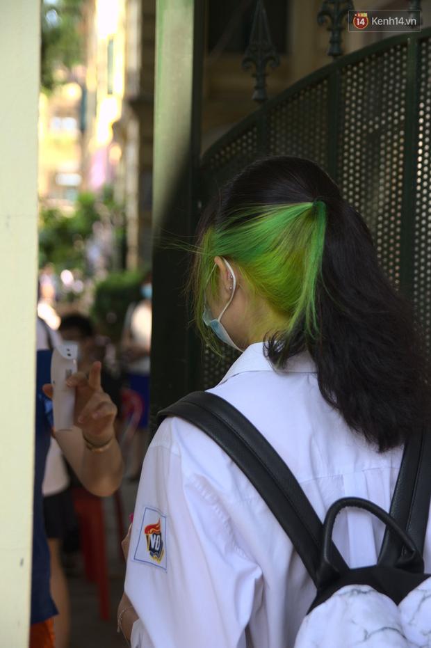 Hôm nay, hàng triệu học sinh cả nước chính thức quay lại trường, bắt đầu năm học mới - Ảnh 28.