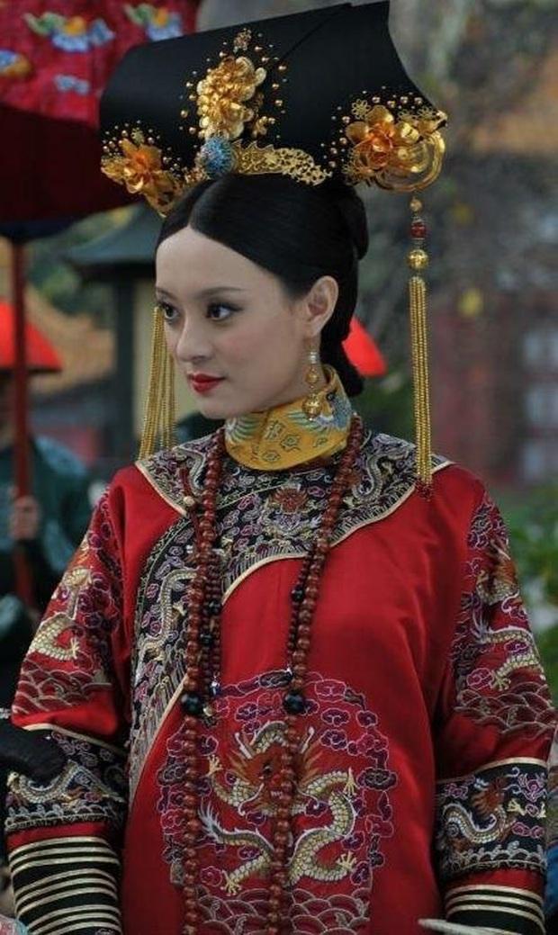 Vừa tung hậu trường, phim dã sử của Thanh Hằng gây tranh cãi vì mang hơi hướng cổ phục Mãn Thanh - Ảnh 5.