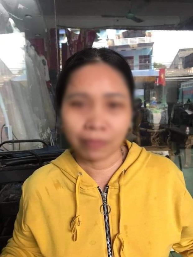 Xôn xao ảnh cưới của cặp đôi đũa lệch: Chú rể 27 tuổi ở Thái Nguyên và cô dâu 47 tuổi ở Nghệ An - Ảnh 3.