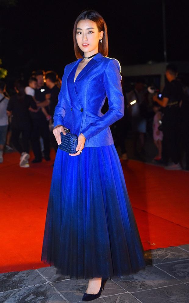 Phạm Hương làm mẫu tại Mỹ thì kỳ nhưng style 3 năm trước cực sang, đến giờ Hương Giang diện lại y chang vẫn đẹp - Ảnh 7.