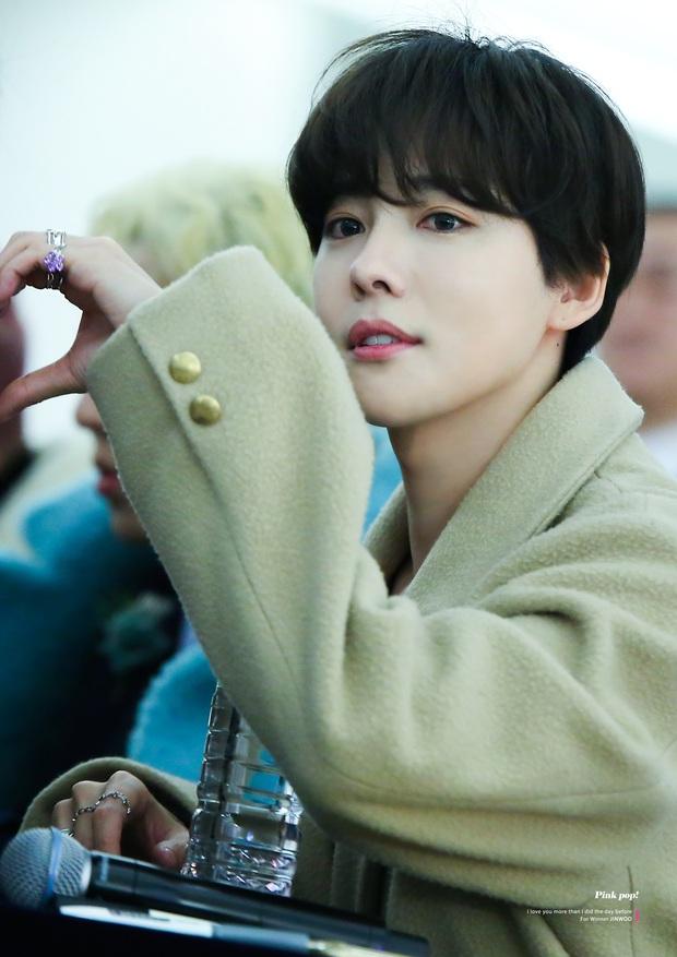 Knet đang phát cuồng vì nam thần xứ Hàn 28 tuổi vẫn trẻ như 18, gương mặt đẹp đến mức nữ thần Kpop cũng phải... xin thua - Ảnh 2.