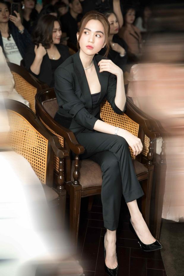 4 tổng tài đời thực nổi tiếng Vbiz: Ngọc Trinh - Hương Giang thành cặp nữ CEO, Sơn Tùng thu về 51 tỷ lãi ròng cùng công ty - Ảnh 2.
