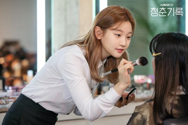 Review Record of Youth: Nội dung nhạt nhẽo, Park Bo Gum cũng chỉ cứu vớt được phần nhìn - Ảnh 3.