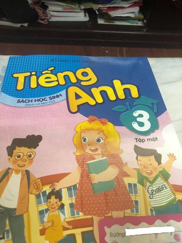 Phụ huynh thắc mắc về sách tiếng Anh lớp 3, mẫu câu Hello, Im Miss Hien nghe sao hoang mang thế, cô giáo bộ môn lên tiếng giải đáp - Ảnh 1.