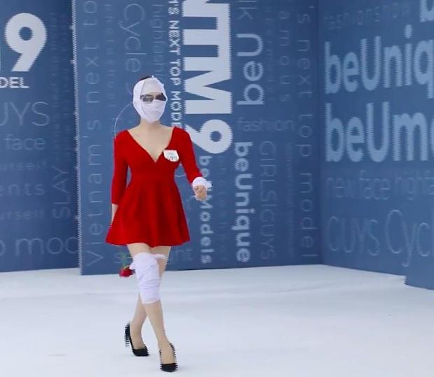 Hé lộ đoạn clip nữ chính Hà An (Người Ấy Là Ai) băng kín người đi thi Vietnams Next Top Model - Ảnh 3.