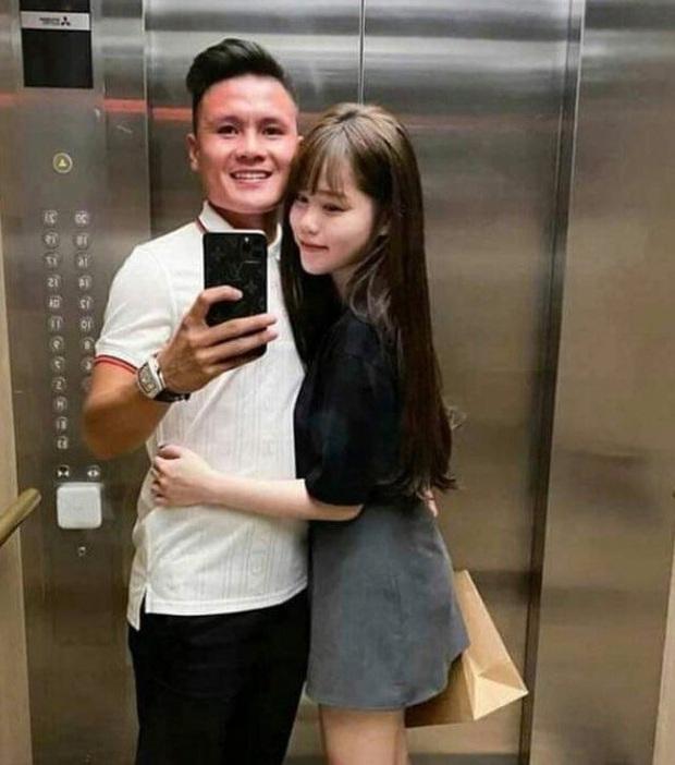 Lịch sử lặp lại: Hôm qua bỏ hẹn hò, hôm nay Quang Hải - Huỳnh Anh đã ôm ấp tình tứ kèm lời thả thính sến gai người - Ảnh 4.