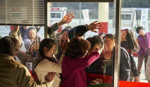 5 phim zombie Hàn siêu gay cấn, xem ngay cho cuối tuần đỡ nhàm chán nào! - Ảnh 12.