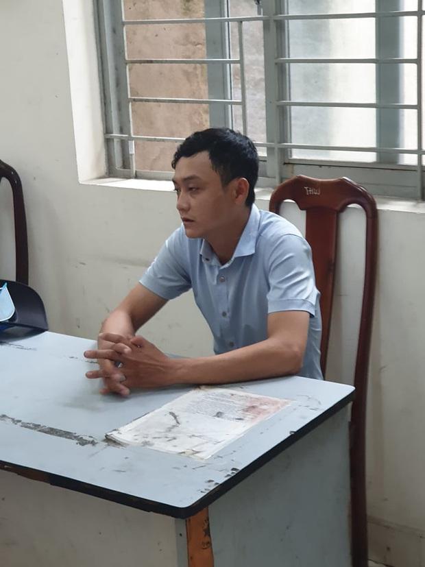 Bắt thanh niên sàm sỡ nữ sinh viên rồi cướp tài sản ở Sài Gòn - Ảnh 1.