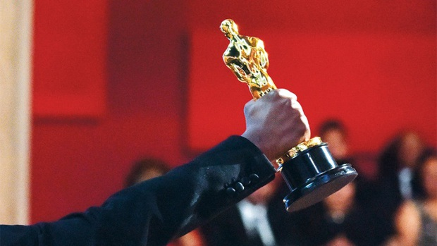 2020 sắp kết thúc mà tình hình phim ảnh bết bát thế này, Oscar tới biết làm gì đây? - Ảnh 1.
