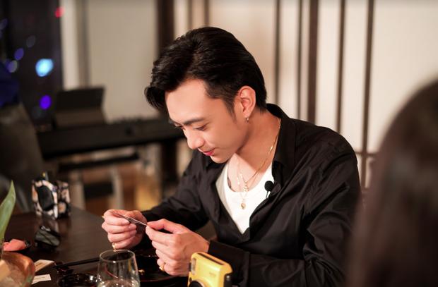 Soobin Hoàng Sơn đích thân lên tiếng về chuyện tình cảm sau nghi vấn hẹn hò Ngọc Thảo tại tiệc sinh nhật bí mật - Ảnh 2.