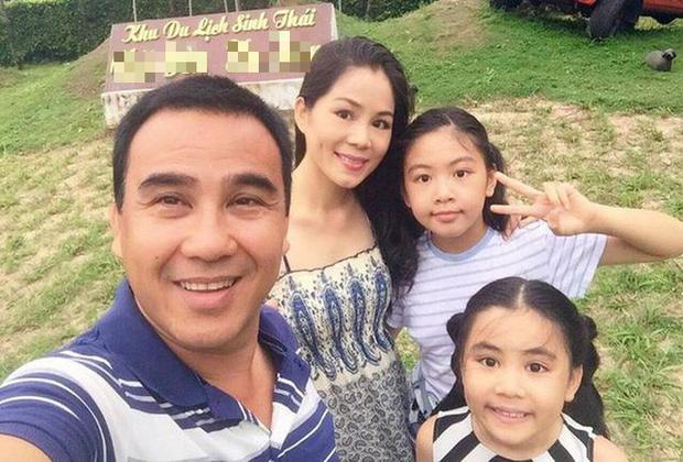 MC Quyền Linh khoe ảnh gia đình hạnh phúc kèm tâm thư gửi bà xã Dạ Thảo: 15 năm yêu nhưng vẫn lãng mạn như thuở ban đầu! - Ảnh 4.