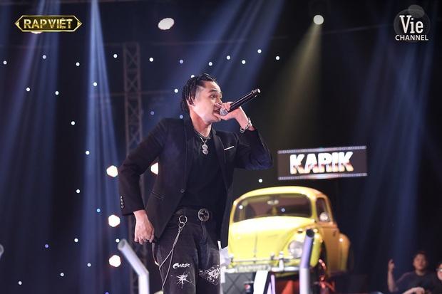 Top 6 bộ cánh ngon nghẻ nhất của dàn thí sinh Rap Việt: R.I.C và Lăng LD đã chất rồi nhưng màn lột xác của Ricky Star mới gây choáng - Ảnh 4.