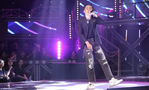 Top 6 bộ cánh ngon nghẻ nhất của dàn thí sinh Rap Việt: R.I.C và Lăng LD đã chất rồi nhưng màn lột xác của Ricky Star mới gây choáng - Ảnh 3.