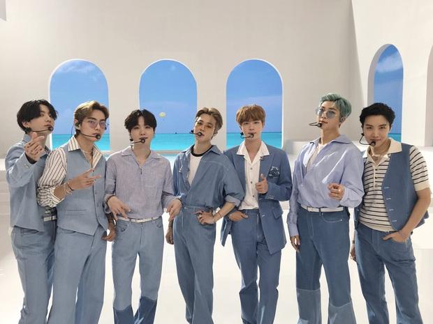 30 nhóm nhạc nam hot nhất hiện nay: Bộ 3 quyền lực nhất tranh đấu quyết liệt, bất ngờ với thứ hạng của em trai BTS - Ảnh 2.