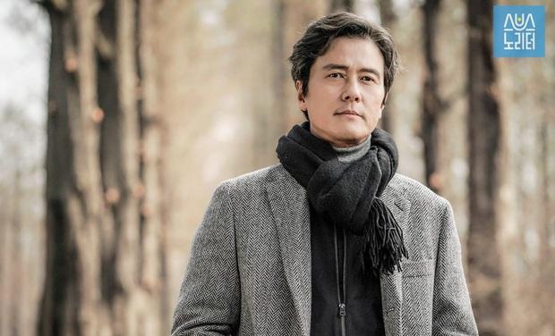 Huyền thoại King and the Clown sau 15 năm: Lee Jun Ki vẫn ở đỉnh cao nhan sắc, nam phụ thăng hạng ông hoàng phòng vé - Ảnh 11.