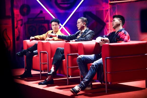 Cùng làm mới hit Đôi Mắt của Wanbi Tuấn Anh, thí sinh King Of Rap có ấn tượng hơn Rap Việt? - Ảnh 3.
