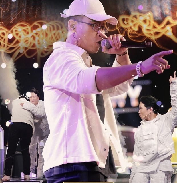 Cùng làm mới hit Đôi Mắt của Wanbi Tuấn Anh, thí sinh King Of Rap có ấn tượng hơn Rap Việt? - Ảnh 7.