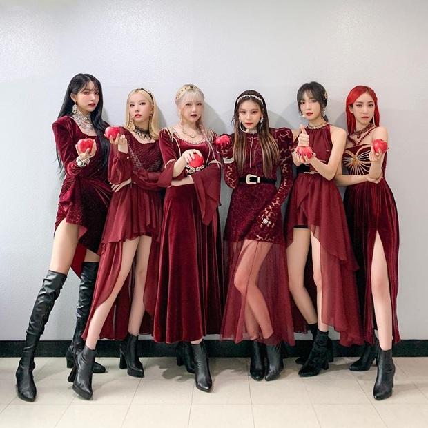 30 nhóm nhạc nữ Kpop hot nhất hiện nay: BLACKPINK thứ hạng không bất ngờ bằng loạt đối thủ vượt mặt Red Velvet, TWICE - Ảnh 9.
