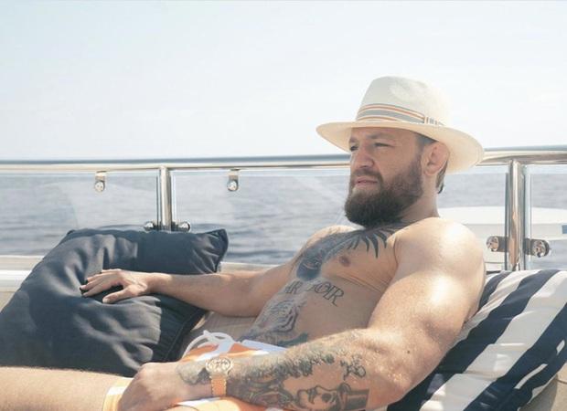Sốc: Gã điên Conor McGregor bị bắt tại Pháp với cáo buộc tấn công tình dục và khoe thân nơi công cộng - Ảnh 1.