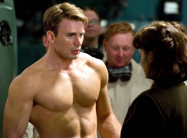 Nóng: Captain Chris Evans lỡ tay đăng ảnh bộ phận nhạy cảm lên Instagram, tài tử Hulk và dàn sao Hollywood tranh cãi nảy lửa - Ảnh 2.