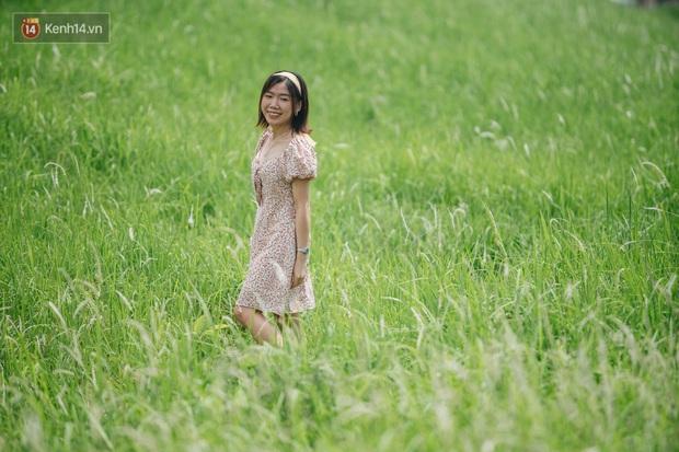 Vô Diện đã ghé thăm triền đê cỏ tranh trắng muốt ở Hà Nội, còn bạn thì sao? - Ảnh 11.